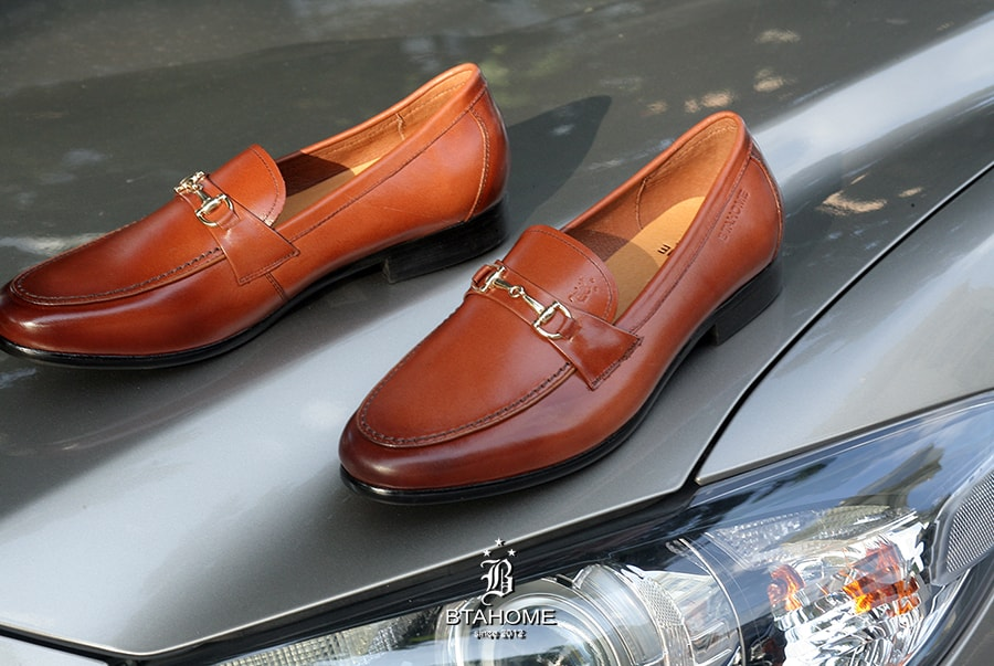 Giày Horsebit Loafer